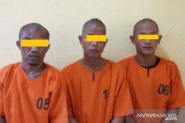 Polres Belitung ringkus tiga pelaku pencurian laptop di sekolah