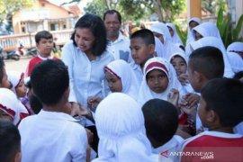 DPR minta Mendikbud pertimbangkan tutup sekolah terkait penyebaran virus