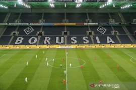 Bundesliga perpanjang penundaan kompetisi sampai akhir April