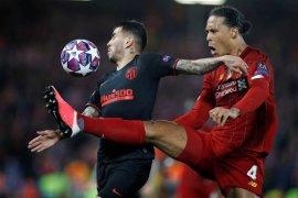Liga Champions: Ajax tetap waspada kendati Liverpool tanpa Van Dijk