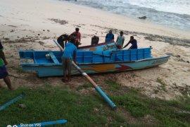 Nelayan Pacitan hilang diterjang ombak  pascagempa