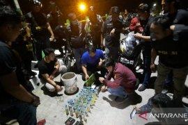 Polresta gelar razia di Pulau Pandan, pengendara diperiksa dan dites urine
