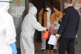 Dinkes Sekadau periksa warga Korea Selatan di PT LG Internasional