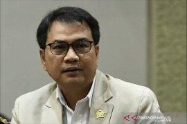 Azis Syamsuddin minta Polri ungkap motif penyerangan Syekh Ali Jaber