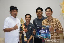 Mahasiswa Undiksha ciptakan alat kontrol listrik jarak jauh