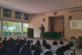 Dinas Kesehatan Kota Ambon sosialisasi COVID-19 di sekolah