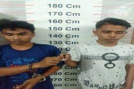 Polisi Besitang Langkat tangkap dua pemilik sabu-sabu