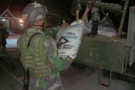 Satgas Pamtas RI-Malaysia amankan 1.350 kilogram gula ilegal