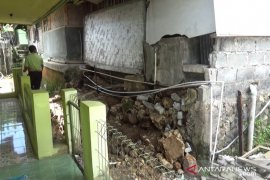 Gempa Sukabumi rusak 1.782 unit rumah warga
