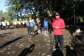 Kapolda Kalbar pimpin kegiatan bersih-bersih lingkungan cegah COVID-19