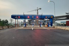 Jasa Marga alihkan  lalu lintas kendaraan dari MM2100 menuju Jakarta di GT Cibitung 7