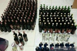 Satreskrim ringkus penjual minuman keras