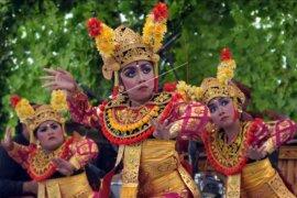 Pagelaran tari Bali klasik untuk pemulihan pariwisata
