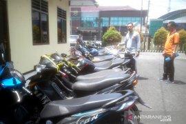 Petugas amankan 16 sepeda motor tidak bersurat