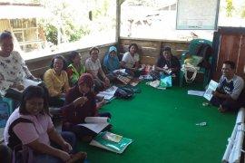 YPI-CRS bentuk kelompok simpan  pinjam di desa terdampak bencana