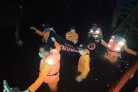Sabtu malam seluruh korban berhasil ditemukan Tim SAR