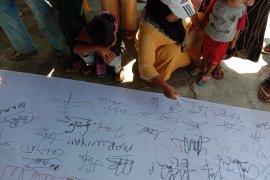Ibu-ibu, warga lampung nelayan Lampung Timur desak bebaskan nelayan ditangkap Page 3 Small