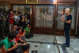 Gubernur  Jateng Ganjar Pranowo  antisipasi meluas penyebaran COVID-19