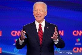 Capres Joe Biden raih dukungan Hillary Clinton
