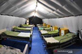 TNI siagakan tenda untuk isolasi pasien COVID-19 di Aceh Barat