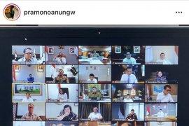 Presiden rapat kabinet secara daring