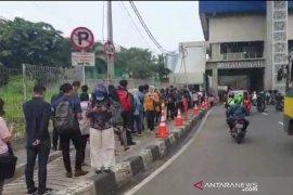 Transportasi publik harus bisa kurangi kerumunan
