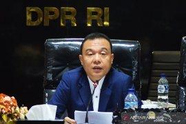 Rapat Paripurna DPR menyetujui Perppu Pilkada jadi UU