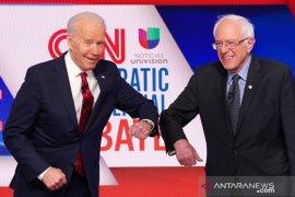 Sanders mundur dari  pencalonan presiden AS, Biden jadi wakil Demokrat