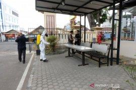 Brimob Polda Jambi disinfeksi fasilitas umum