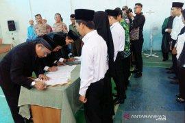Pengawas kelurahan dan desa di HST resmi dilantik