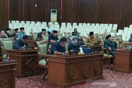 Ditengah pandemi Covid-19, DPRD Bengkulu masih gelar paripurna