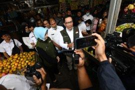 Disperindag Jabar berharap pasar tradisional disemprot cairan disinfektan