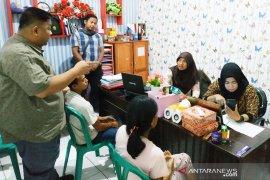 Perempuan Kalimantan Tengah buang bayi kembarnya di tempat sampah