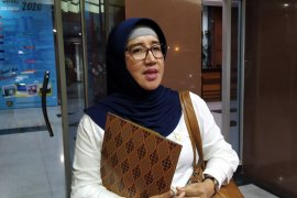 Dinkes Maluku awasi kondisi kesehatan tiga orang terkait COVID-19