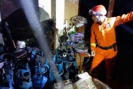Ruang penyimpanan elpiji 12 Kg terbakar di Pulogadung, Jakarta Timur
