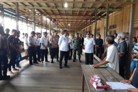 92 desa di Kapuas Hulu pilkades serentak, Pemkab ingatkan waspada corona
