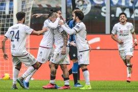 Liga Italia - Pemain Cagliari relakan gaji sebulan hindari PHK tim