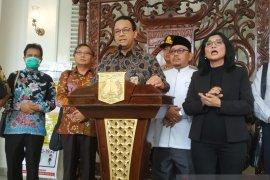 Gubernur DKI Jakarta Anies Baswedan imbau Shalat Jumat ditunda dua pekan