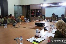 Bupati Belitung Timur minta pengelola fasilitas publik sediakan antiseptik