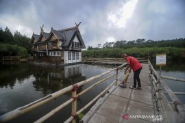Penutupan wisata di kawasan Lembang