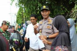 Polri dan TNI lakukan pencegahan penyebaran corona di Mukomuko