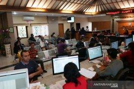 Pemkot Denpasar atur tempat duduk ruang publik cegah COVID-19