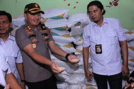 Polres Madiun amankan 4.350 kilogram gula pasir hasil penimbunan