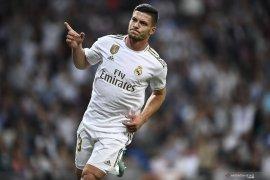 Penyerang Real Madrid Jovic membela diri karena abaikan instruksi isolasi di Serbia