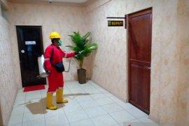 Cegah corona, Pemkab Kotabaru semprot desinfektan