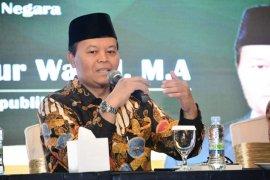 Wakil Ketua MPR Hidayat Nur Wahid minta pemerintah maksimalkan APBN tangani COVID-19