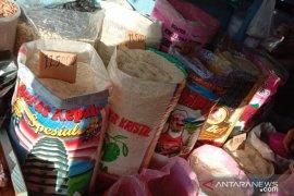 Harga beras antarpulau di pasar tradisional Ambon naik