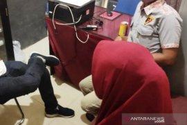 Polisi ungkap praktik prostitusi online di Aceh Jaya, tiga orang diamankan