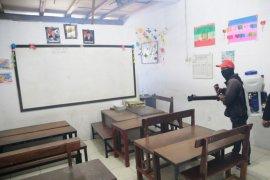 Semua sekolah di Surabaya disterilkan selama liburan