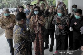 Mendagri hadiri rakor penanggulangan COVID-19 di Palembang Page 1 Small